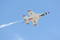 Air Force Thunderbird F16 in flight at Miramar air show-49 10-12-07