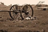 Northern artillerymen at civil war reenactment in Vista-06-bw 3-7-09