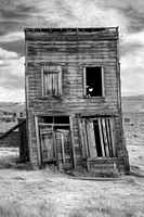 Tilting building at Bodie-02bw 9-28-09.jpg